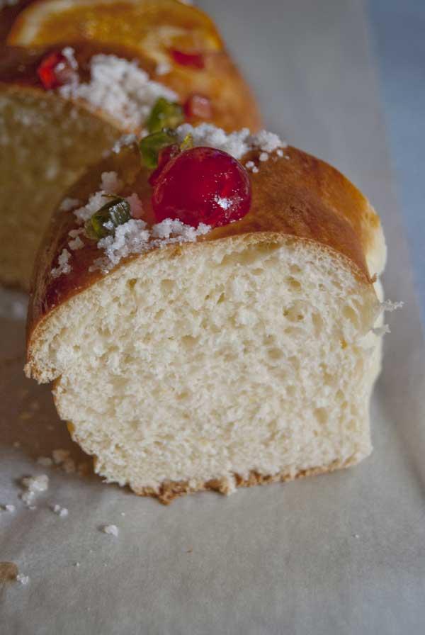 Roscón de Reyes esponjoso.