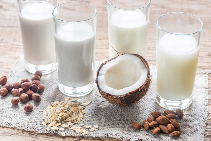 Usa la leche vegetal de tu preferencia